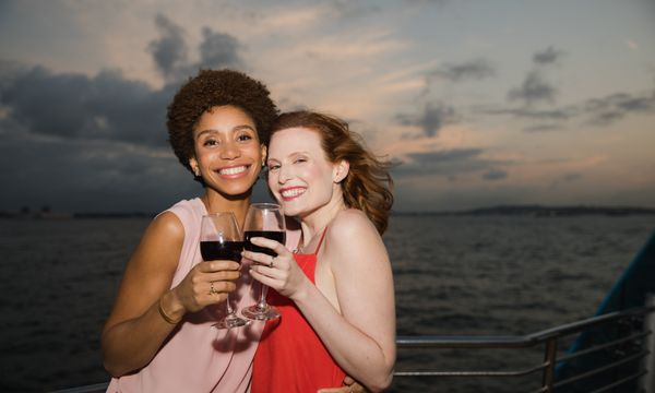 Alive After Five Cruise NYC   Booze Cruises with Hornblower
