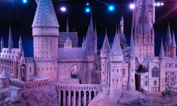 Harry Potter Tour of Warner Bros. Studio in London - Hornblower Cruises &  Events