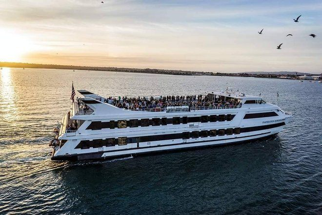 Party Boat Rental San Diego | Birthday Yacht Party Cruise - City  Experiences anchored by Hornblower