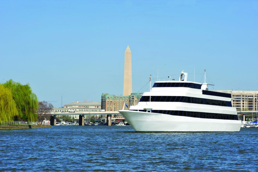 Spirit of Mount Vernon on Water